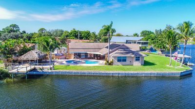 Photo for 2375 Gertrude Drive · 4br Paradise Pool & Hot tub Home On the Water