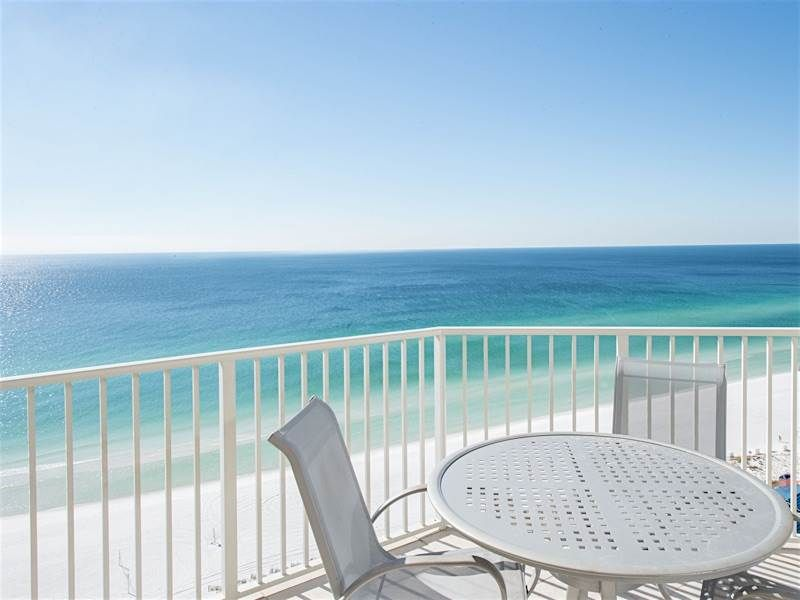 **Enjoy fantastic views from private balconies! Tides unit 1406!