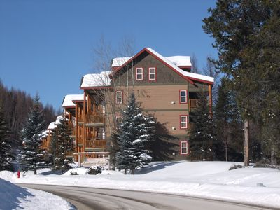 Photo for Luxury 3 bed 3 bath condo in Alpine resort centre with privat hot tub