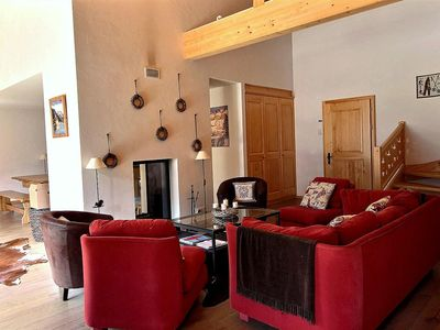 Photo for Splendid 3 bedroom apartment, with exposed beams, wifi, balcony, view on the Dents du Midi, 2 parkin