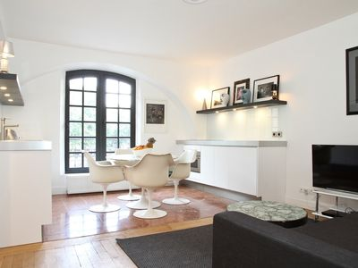 Photo for LOVELY AND BRIGHT 1 BEDROOM APARTMENT - STEPS FROM THE MARAIS & HOTEL DE VILLE