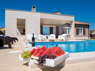 Photo for Beautiful Villa Histria in Kavran with panoramic sea views and pool