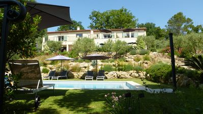 Photo for VALLON DES OLIVIERS - 5 BEDROOMS, 5 BATHROOMS, KITCHEN, SWIMMING POOL - Var hinterland