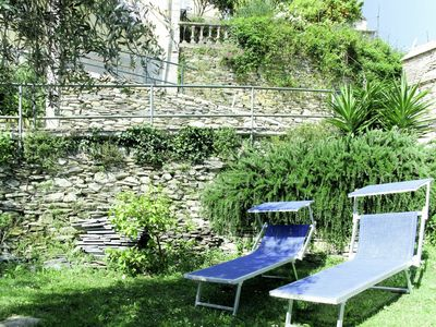 Photo for Cosy apartment in villa for 7 guests with pool, WIFI, pets allowed and parking