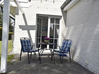 Photo for Spacious Apartment in Zingst Germany with Garden