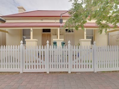 Photo for 2BR House Vacation Rental in Glenelg South, SA