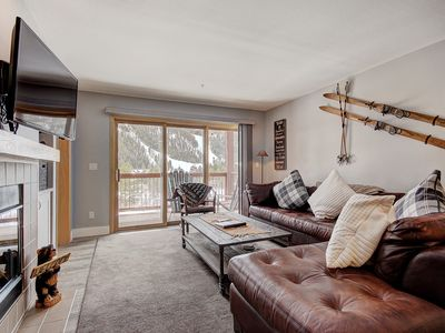 Photo for Beautiful Property in Cinnamon Ridge with Amazing Views - Walk to the Slopes!