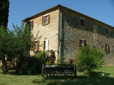 Photo for 2BR Cottage Vacation Rental in Asciano, Toscana