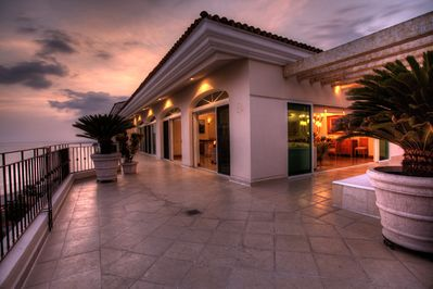 Experience the beauty of Mexican sunrises & sunsets from the penthouse deck!