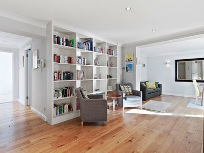 Photo for Spacious 3 bed 2 bath Apartment in Clerkenwell