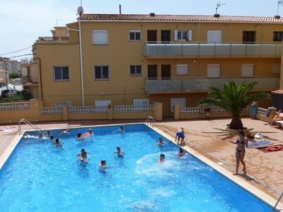 Photo for 5 PEOPLE APARTMENT WITH COMMUNITY POOL AT 50 M. FROM THE IDEAL FAMILY BEACH