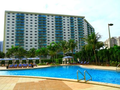 Photo for Premium 1 Bedroom Park View OR123