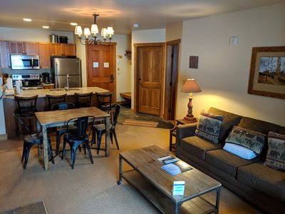 Photo for Red Hawk 2222 Modern 1 Bedroom Ground Floor Condo by SummitCove Lodging
