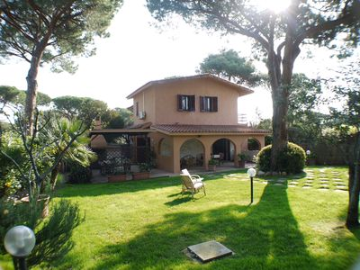 Photo for 200 meters from the sea, 3 bedrooms, 2 bathrooms. Garden with gazebo and BBQ