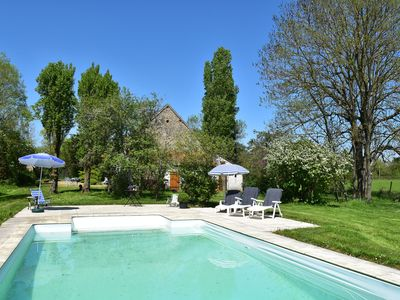 Photo for Beautiful villa with heated swimming pool and fenced garden