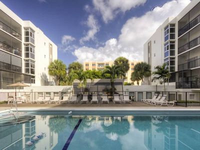 Photo for Le Cartier 303 - Condo 4 people, Sunny Isles
