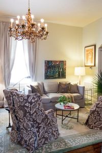 Photo for Sophisticated Comfortable Luxury Uptown Near Magazine/Prytania/St.Charles Avenue