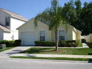Photo for 4402 Hamlet Court: 3 BR / 2.5 BA 3 bedroom condo in Kissimmee, Sleeps 6