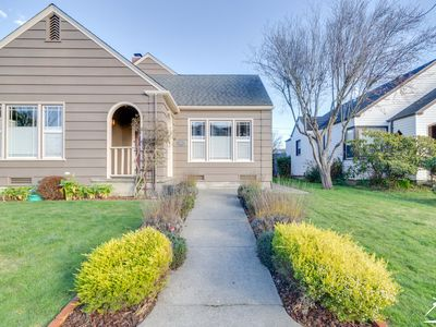 Photo for Buhne Terrace Bungalow – Classic Arts & Crafts Home