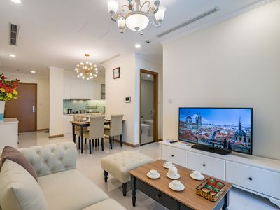 Photo for Cozy 1 Bd in VIP area - Vinhome Central Park
