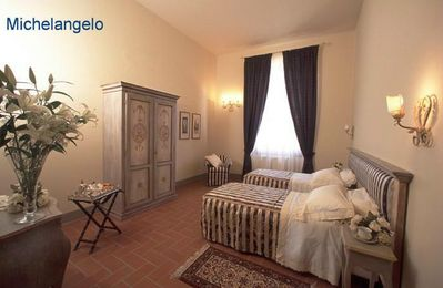 Photo for Spacious apartment for families with wifi in the center of Florence