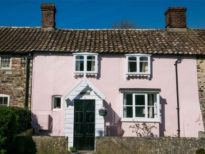 Photo for 2 bedroom Cottage in Winfrith Newburgh - DC136