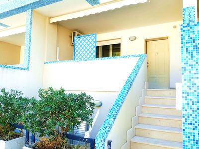 Photo for Quiet Holiday Apartment with Wi-Fi, Air Conditioning and Balcony; Pets Allowed