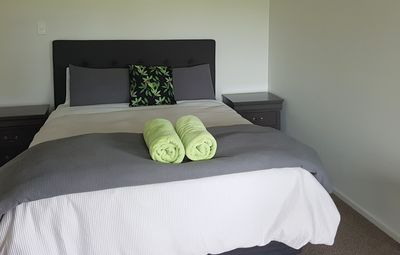 Comfort, Space, Location - 8mins to Waitomo Caves, 2minutes to town