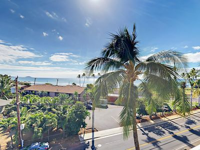 Photo for New Availability! Ocean-View Lanai & Pool, Across from Kalama Beach,Cove Park