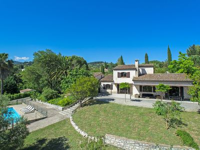 Photo for South facing villa of 250 m² with swimming pool in a 3000 m² garden