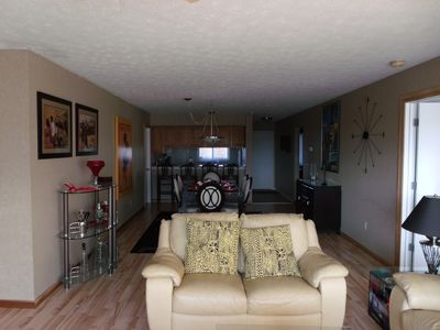 Waterfront Condo ~ Spectacular View Of Lake Erie Available Summer Special Rate