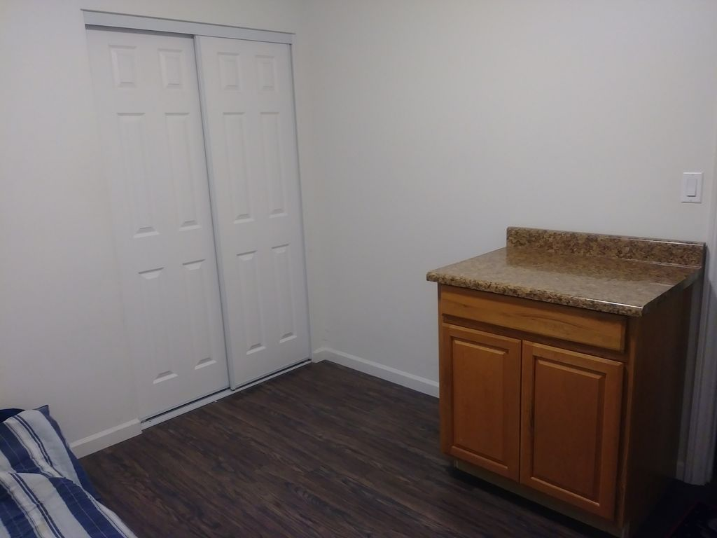 rooms los male pin female room rent in for available angeles ca a