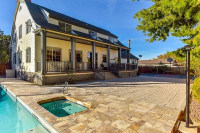 Rear View with hot tub, sand volleyball/sport court