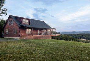 Photo for 6BR House Vacation Rental in Warfordsburg, Pennsylvania