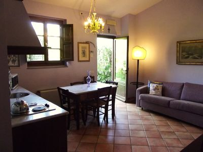 Photo for Newly renovated apartment with swimming pool on the Florentine hills