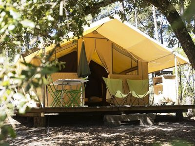 Photo for Huttopia Camping C��te Sauvage ** - Tent Classic 3 Rooms 5 people