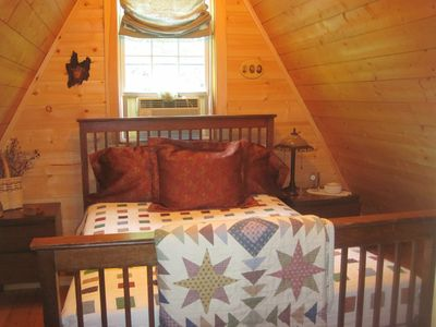 Photo for Cozy, Charming Vermont Chalet close to 5 major ski areas sleeps 5