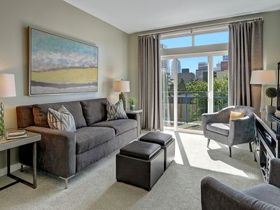 Photo for 1 Bedroom Sophisticated Urban View Oasis FANTASTIC CITY VIEW✺OPEN 10/22-24