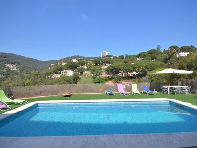 Photo for Club Villamar - A cosy, colourful, detached villa with a large pool and plenty of outdoor space.