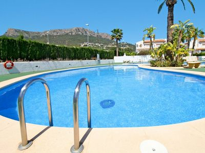 Photo for Nice apartment for 7 people with WIFI, pool, A/C, TV, balcony, pets allowed and parking