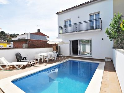 Photo for Villa Dolores, large house for 10 people, 5 bedrooms, 3 bathrooms, POOL