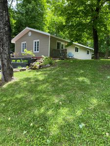 4 Season Cottage at Lake Vernon - Perfect for families!