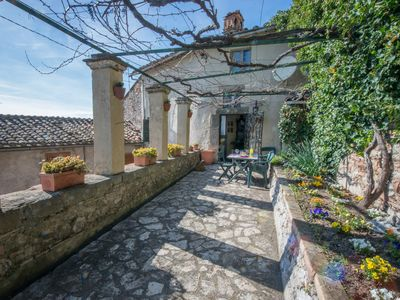 Photo for Lovely Artist Stone Cottage with Garden in a Medieval Village .