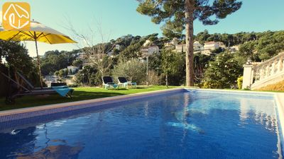 Photo for Lloret de Mar Villa, Sleeps 4 with Pool and WiFi