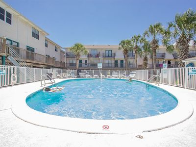Sand Dollar 28-Sunshine and Great Rates! Book Your Memorial Day Stay