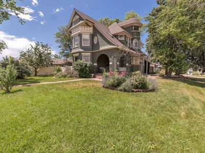 Photo for Fantastic & Luxurious Large Denver Home -6 BR- A+