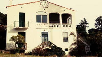 Photo for 1/3 Modernist House located 5 minutes from the beach