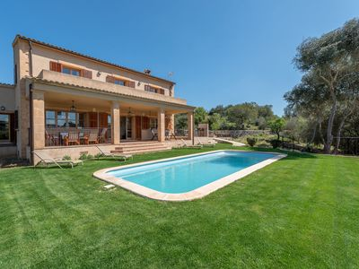 Photo for Fantastic Country House with Pool, Wi-Fi, Veranda and Garden; Parking Available