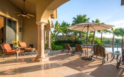 Photo for Beautiful 4B Home w/Private Pool, Amazing Views, Free Wifi & 2 Golf Carts