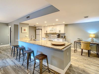 Photo for The Ultimate Getaway in Delray Racquet Club - Beach Chic